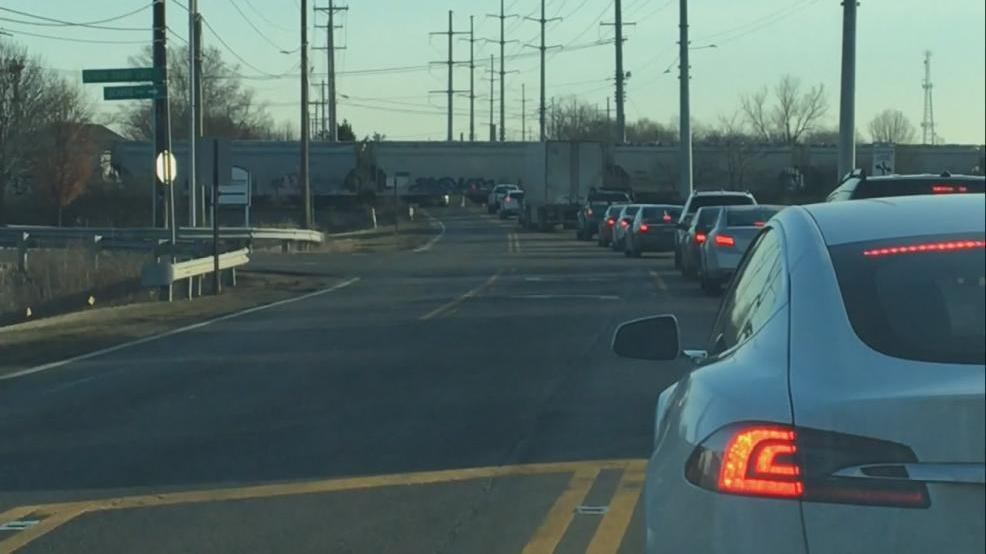 Trains shutting down west Columbus roadway for hours | WSYX
