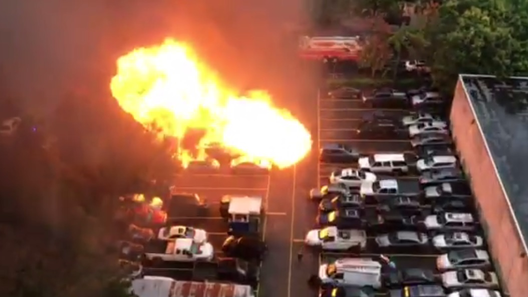 Explosion at food cart in SW Portland - Photo courtesy Katy Brown<p></p>