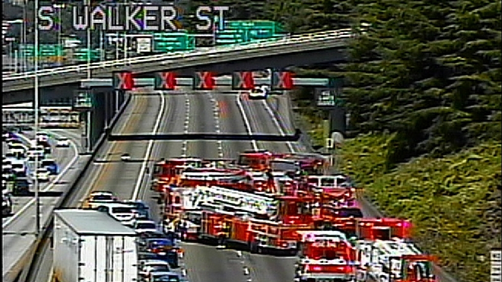 Leaking tanker forces closure of I-5 North in Seattle | KEPR