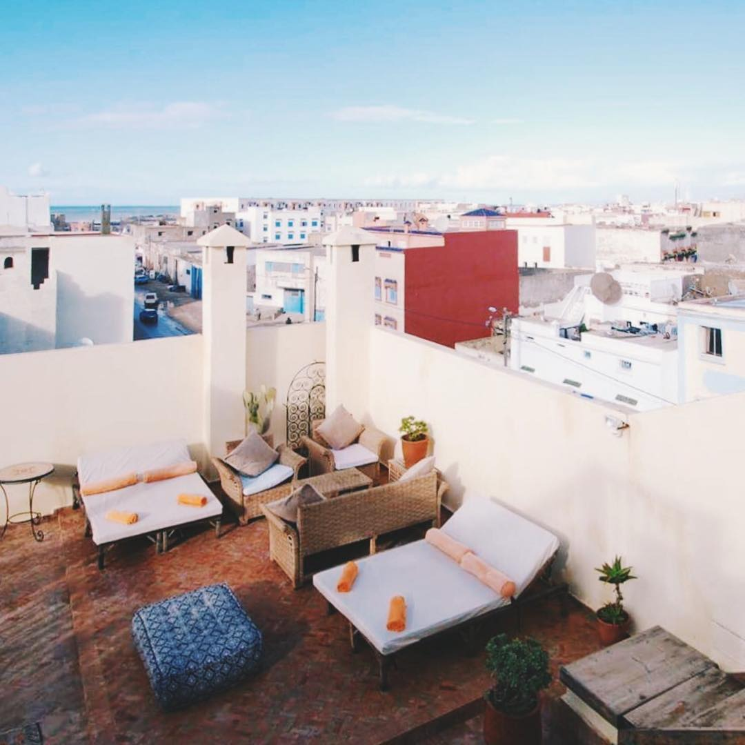 IMAGE: IG user @maroccancolours / POST: riad rooftops are designed for relaxing summer days // PUBLISHED: 12.2.16