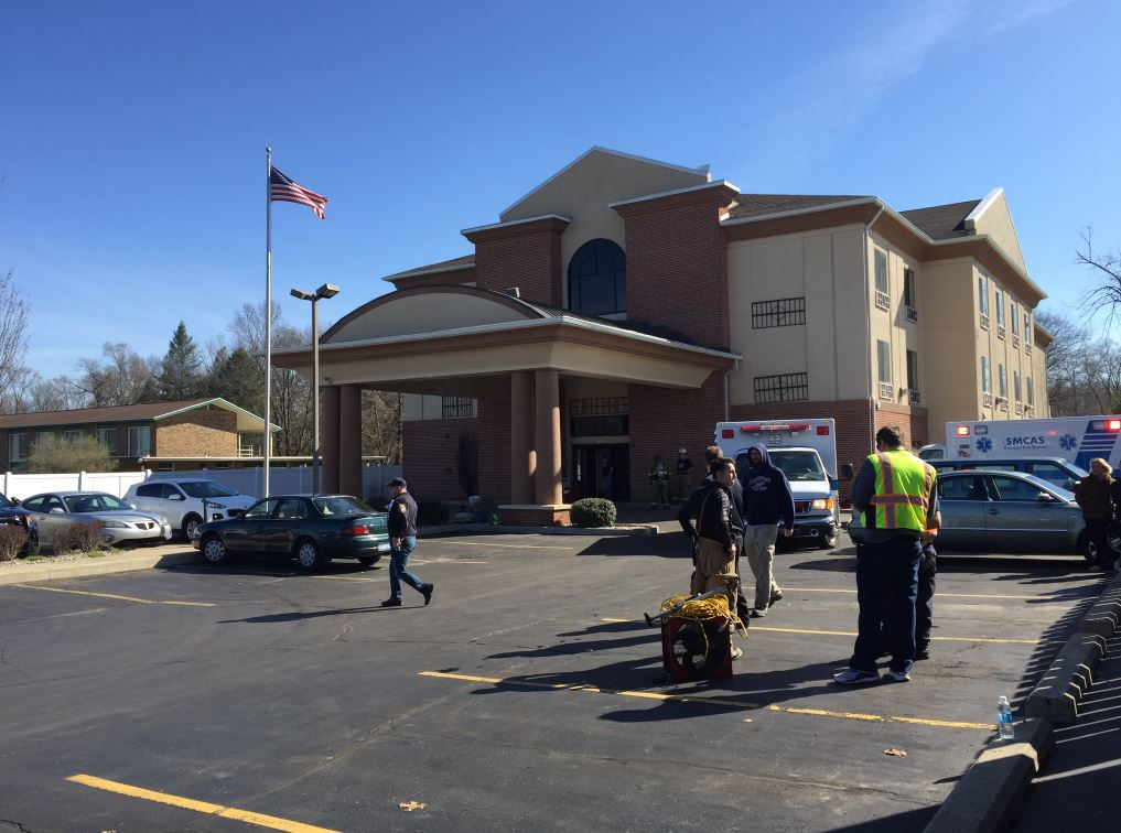 Twelve people were hospitalized following a carbon monoxide leak at the Quality Inn & Suites in Niles, Mich., Saturday, April 1, 2017. (WSBT/Cassidy Williams)