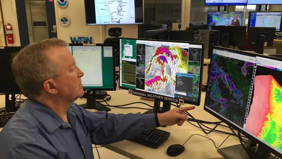 Longtime National Weather Service employee in Seattle to retire after 40 years
