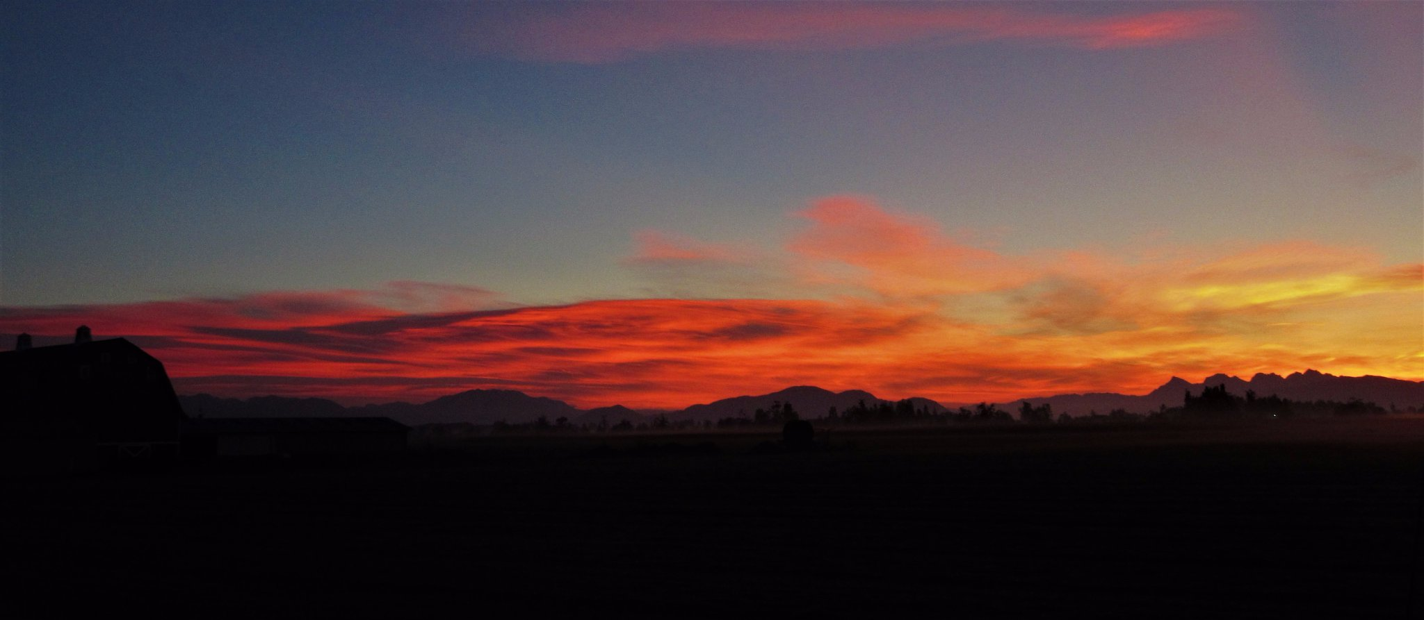 Sunset in Lynden, Wash. (Photo: Randy Small)