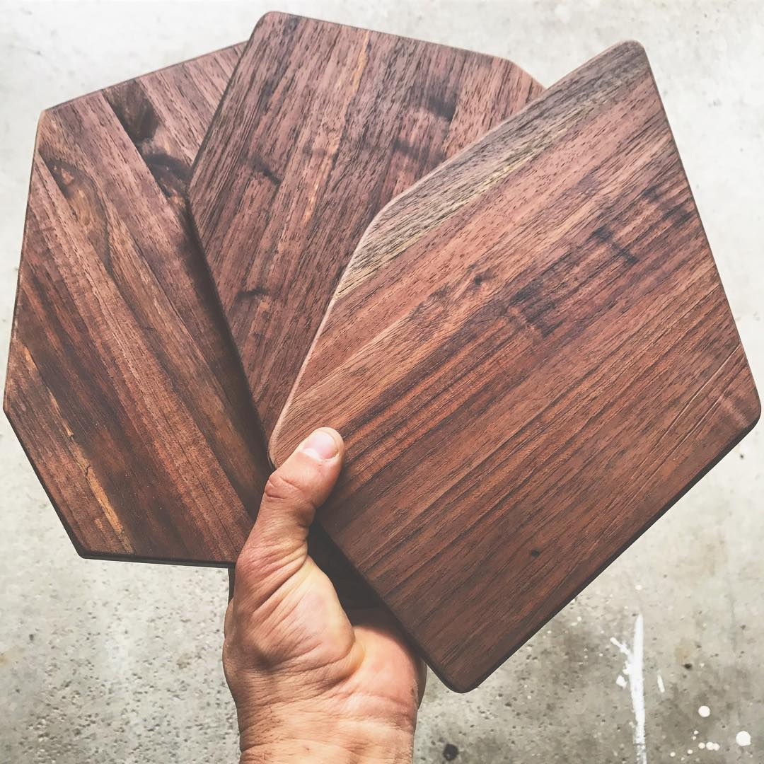 Handmade cheese boards / Image courtesy of Ohio Valley Reclaimed // Published: 8.24.17