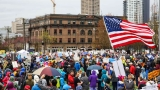 Photos show thousands of Seattleites 'March for Science' on Earth Day