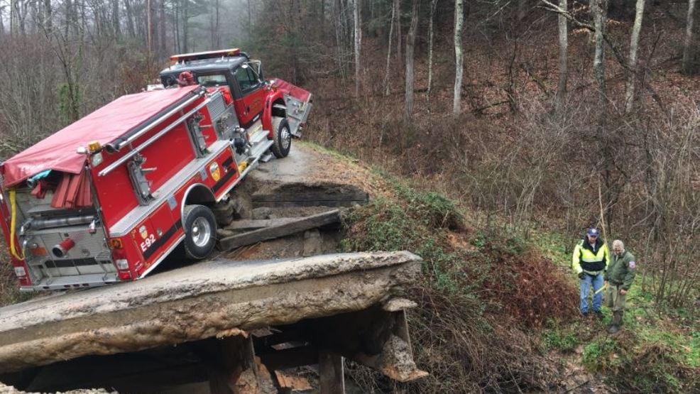 Off Road Fire Truck >> After Weaverville House Fire And Bridge Collapse 6 Trucks