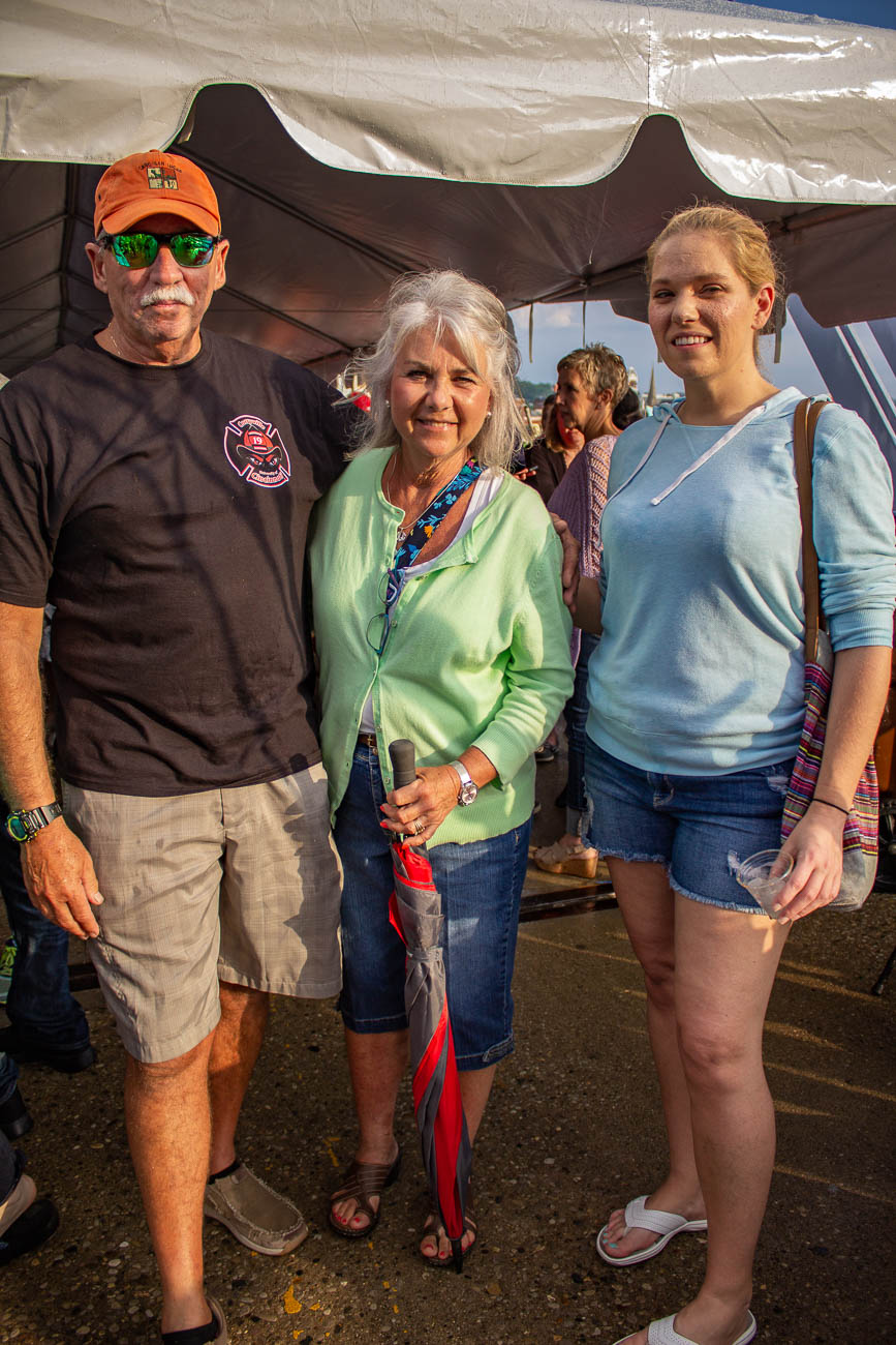 Dave, Diane, and Melissa—who was celebrating her birthday on the bridge! / Image: Katie Robinson, Cincinnati Refined // Published: 5.24.19