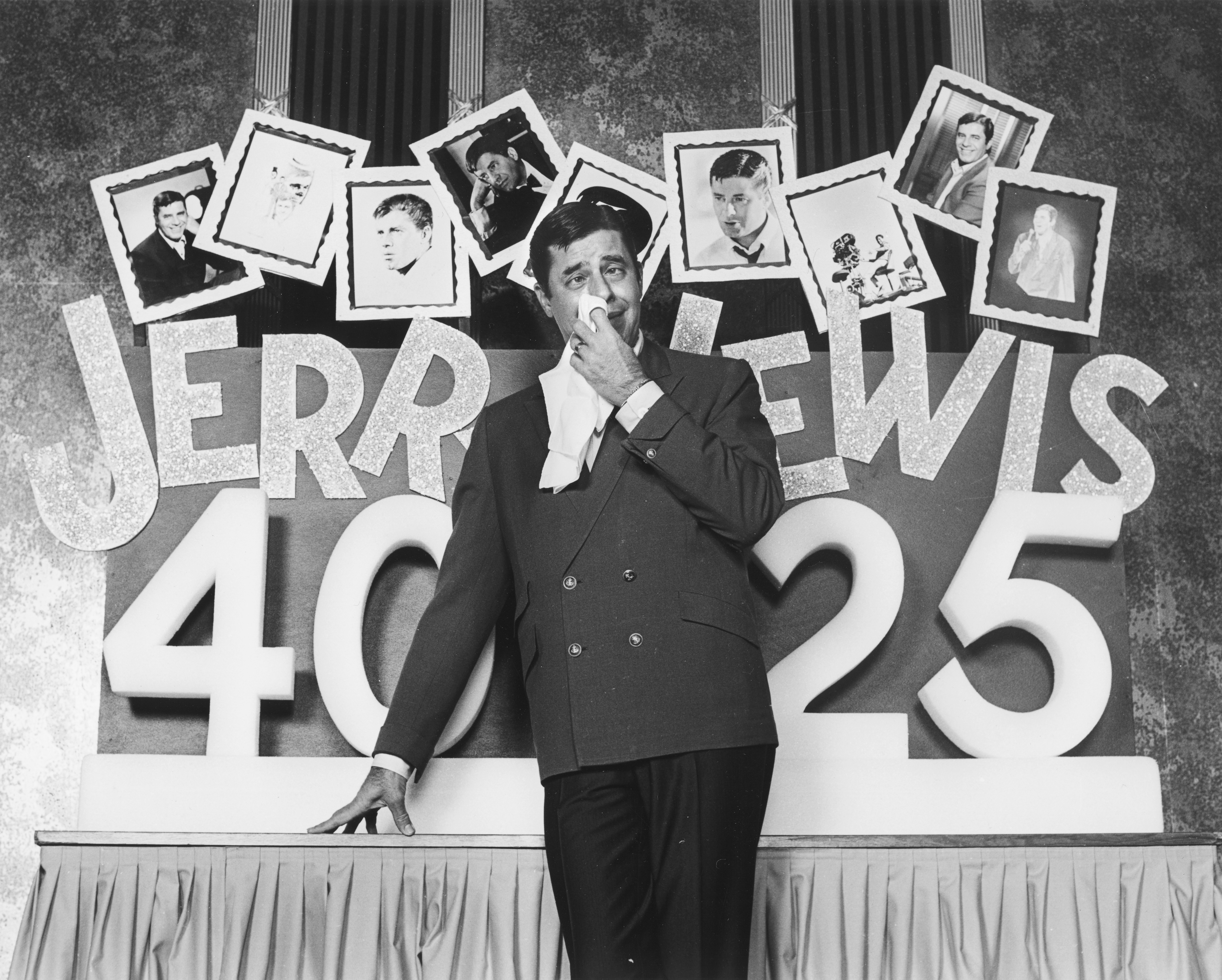 File #24013 - 1/14/1972 - 40 years in show business set-ups at Caesars Palace. CREDIT: Las Vegas News Bureau
