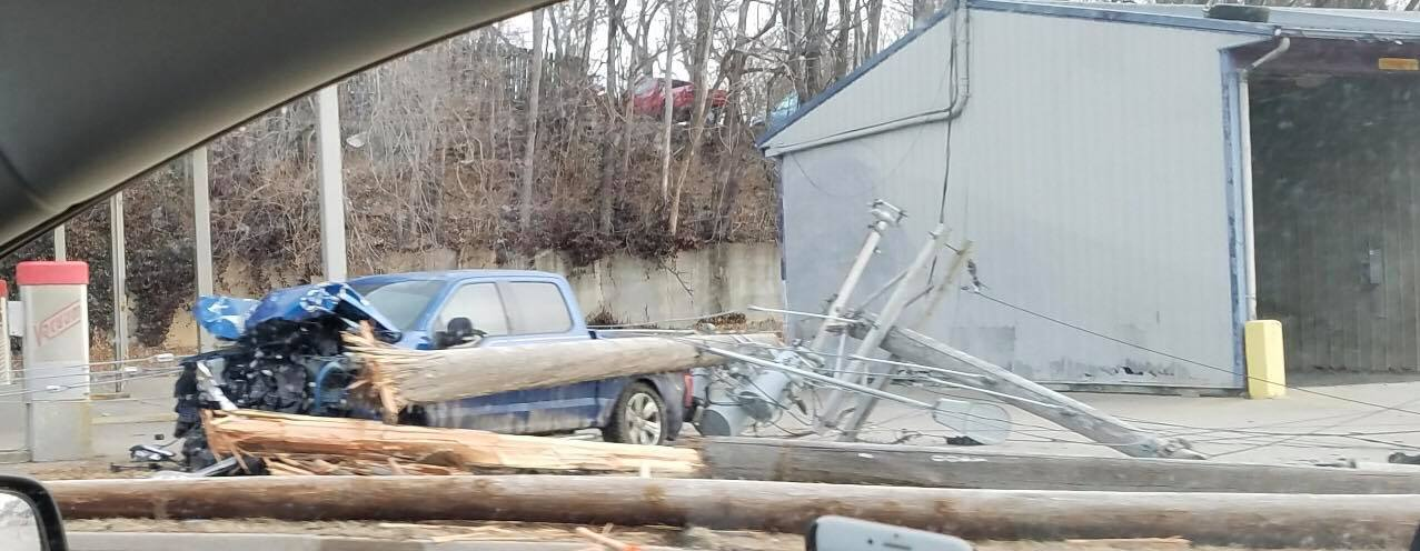 Many Hannibal residents and businesses lost power overnight after a truck crashed into a utility pole on Mark Twain Ave.  Courtesy: Erica Agley