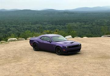 PHOTO GALLERY: 2019 Dodge Challenger Scat Pack and Hellcat Redeye