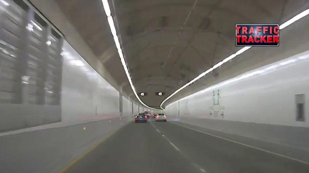 Messy commute in SR 99 tunnel includes traffic and exhaust