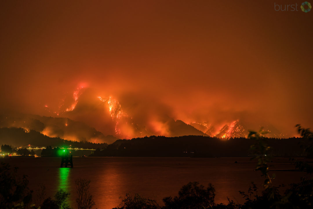 Eagle Creek fire as seen from Stevenson, Washington burns in the Columbia River Gorge Monday night. (Photo: Brad Hutchison)
