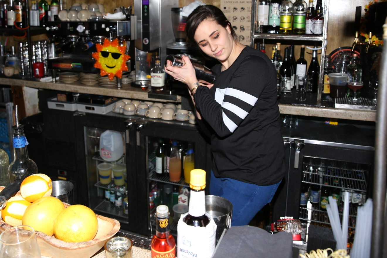 Carlie Steiner of Himitsu was a guest bartender. (Amanda Andrade-Rhoades/DC Refined)