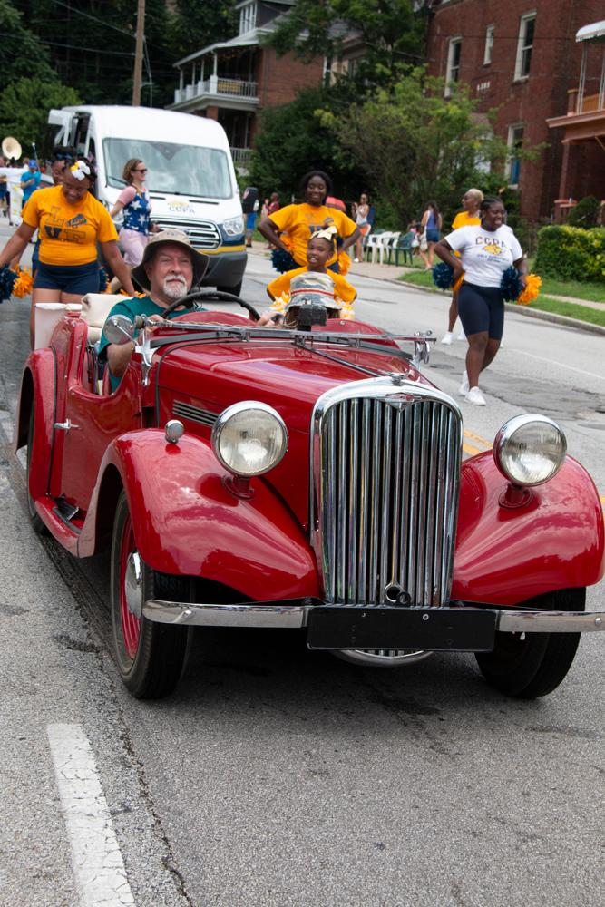 <p>Northside's Fourth of July Parade was held on Wednesday, July 4. It began at the northern edge of Northside and traveled a mile down Hamilton Ave, ending at Hoffner Park where a festival ensued. It has been held annually since the 1970s. / Image: Doc Sanders // Published: 7.6.18</p>
