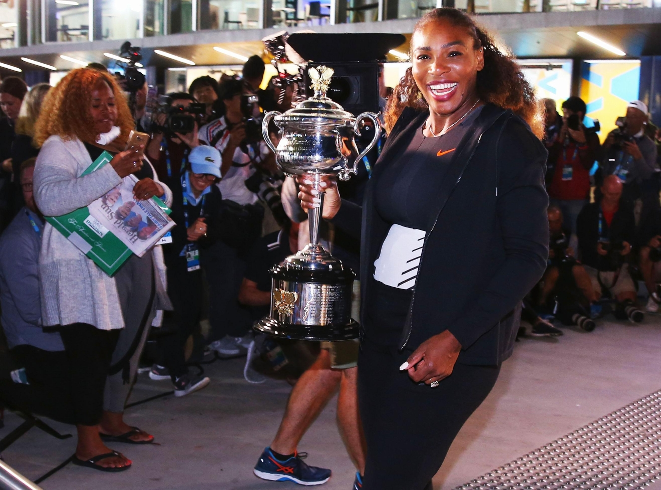 MELBOURNE, AUSTRALIA - JANUARY 28:  Serena Williams of the United States poses with the Daphne Akhurst Memorial Cup after winning the 2017 Women's Singles Australian Open Championship at Melbourne Park on January 28, 2017 in Melbourne, Australia.  (Photo by Michael Dodge/Getty Images)