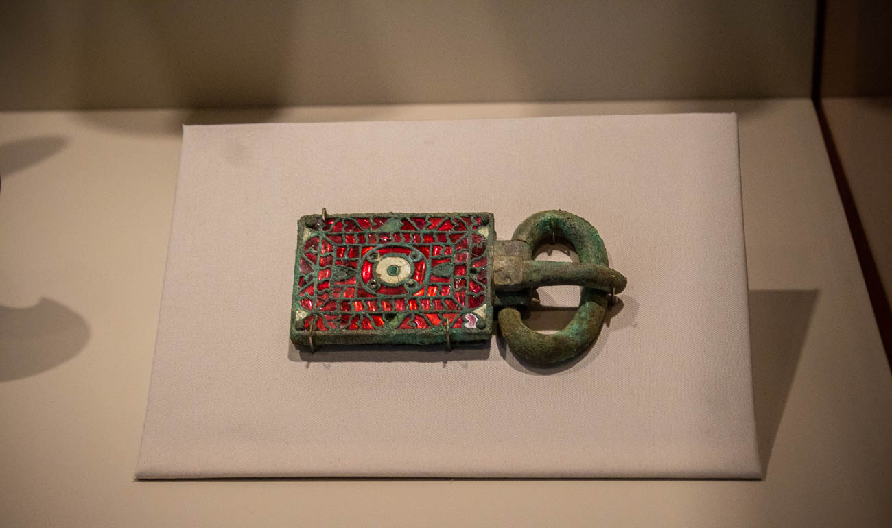 A belt buckle and plaque circa 550-580{ }/ Image: Katie Robinson, Cincinnati Refined // Published: 10.26.19