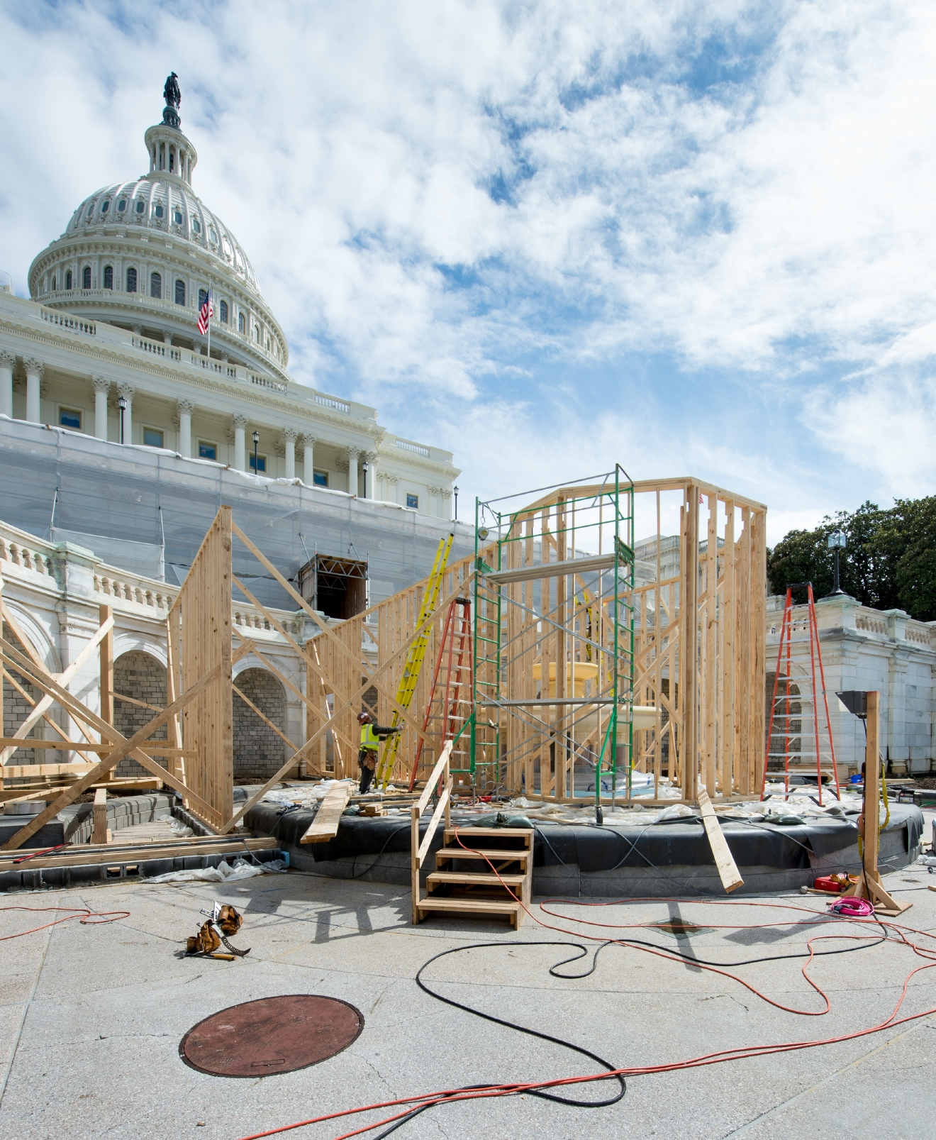 Construction on the 2017 Inaugural Platform is underway. (Joint Congressional Committee on Inaugural Ceremonies)