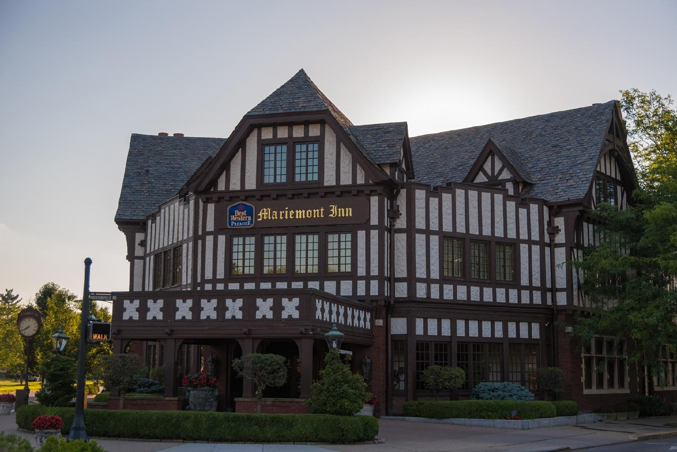 MARIEMONT INN --> LOCATED IN: Mariemont / BACKGROUND: Opened April 13th, 1926 at the corner of Wooster Pike and Madisonville Road.  Mary Emery, philanthropist and art collector who was also married to wealthy industrialist and esteemed businessman Thomas Emery, funded the planned community of Mariemont in 1923.  She believed a city built from scratch with proper planning wouldn't result in the same problems inner-city Cincinnati faced.  The Inn was one of the first buildings constructed in the Mariemont project, but was completed only a year before she passed away. // IMAGE: Phil Armstrong