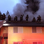 Firefighters battle 2-alarm blaze at Bellevue apartment complex