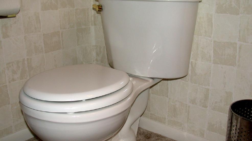 Woman says her drug dealer used toilet lid to assault her - KRNV