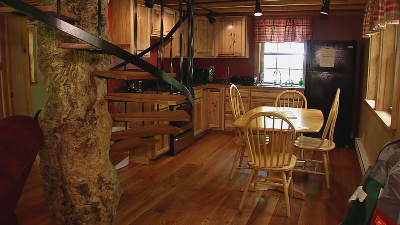 Each cabin offers a fully furnished kitchen complete with dinnerware, cookware, and utensils. (WCHS/WVAH)