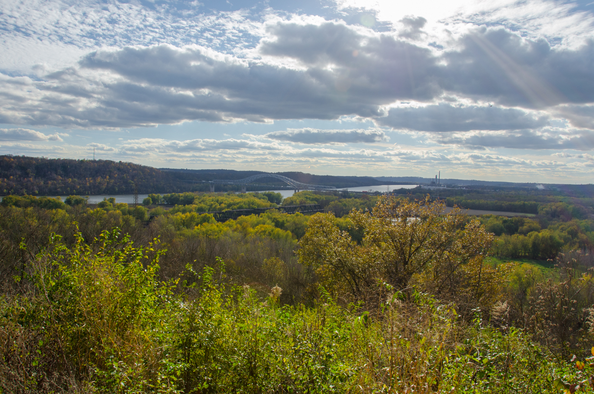 Shawnee Lookout is located on the border of Indiana along the Ohio River at the southwestern tip of the state. It is a 1,515-acre park complete with hiking trails, historic buildings, and a golf course. ADDRESS: 2008 Lawrenceburg Rd, North Bend, OH 45052 / Image: Sherry Lachelle Photography // Published: 12.10.16
