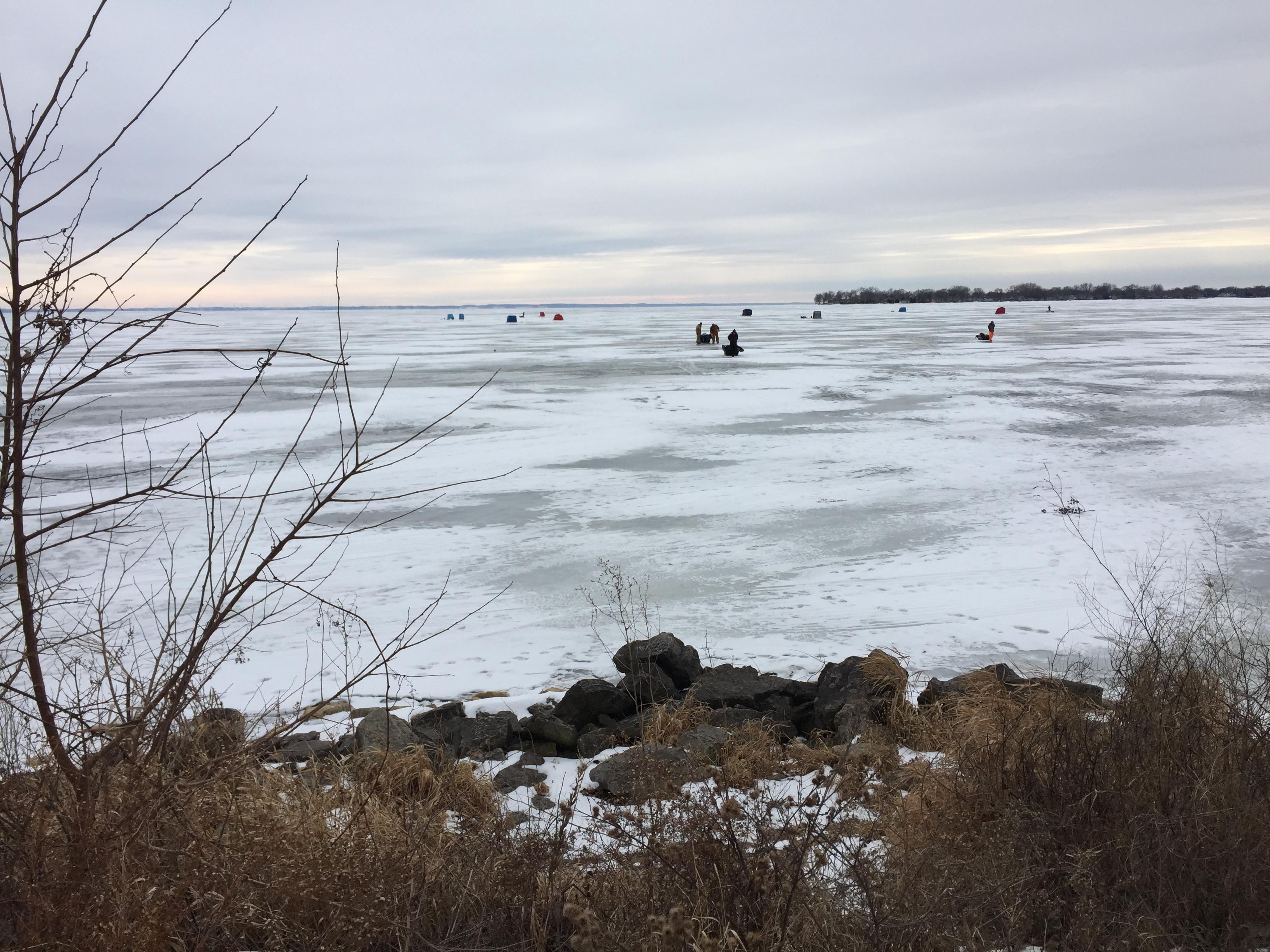 Asylum Bay on Lake Winnebago in Oshkosh, December 20, 2017 (WLUK/Eric Peterson)