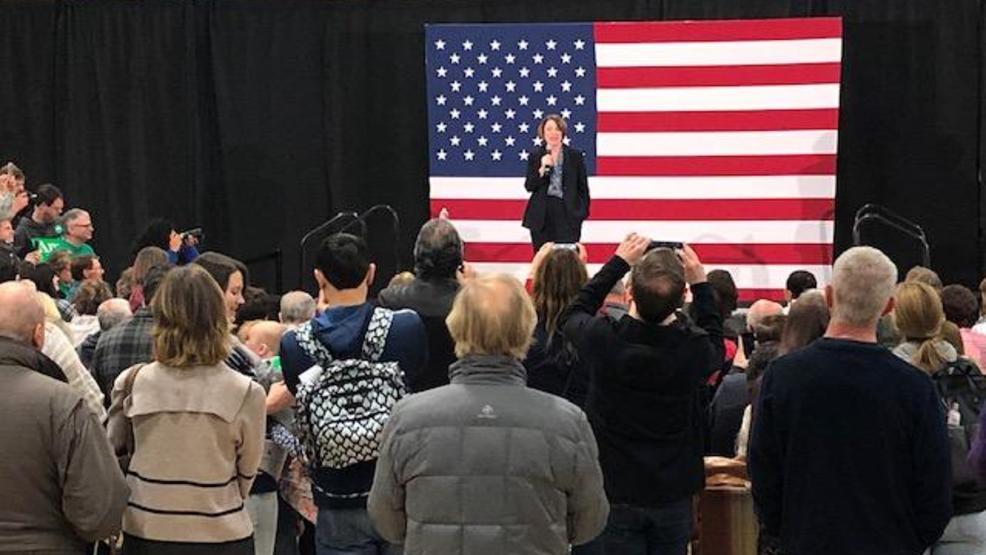 Klobuchar rallies in Reno the day before the Nevada Caucus
