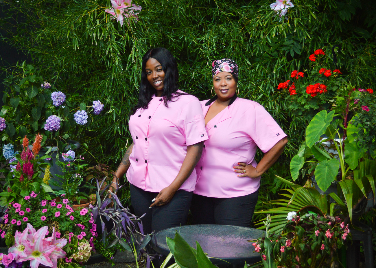 Jaz Mason (sous chef and TiYah's daughter) and TiYah Yisrael (owner/head chef) / Image: Scott Dittgen // Published: 10.8.20
