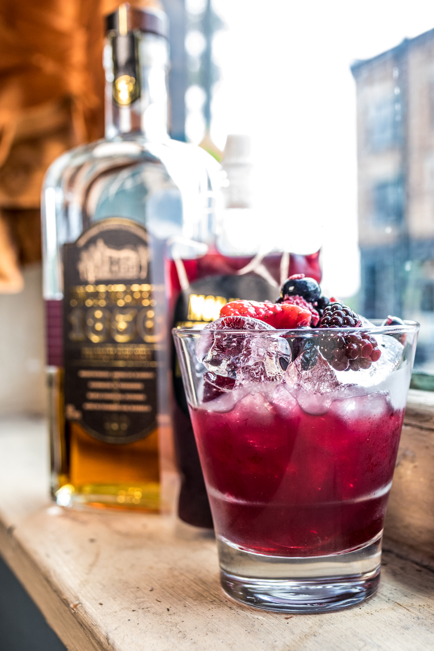 PLACE: The Listing Loon / ADDRESS: 4124 Hamilton Avenue (Northside) / Uncle's Sangria: Uncle Nearest whiskey, Vigneti del Sole Montepulciano, and muddled berries / Carryout available: (513) 542-5666 or listingloonorders@gmail.com / Image: Catherine Viox // Published: 4.28.20