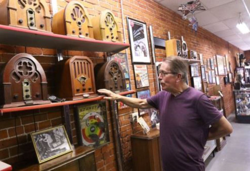 Dennis Wright at Radio Days 'Theater of the Mind' Museum in Sutherlin. The museum celebrates the history of radio. (Photo via Radio Days Museum)