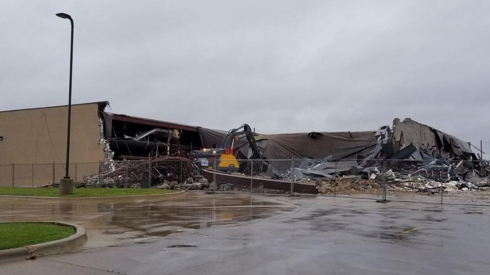 Demolition Begins On Old Lacku0027s Furniture Store In South Abilene