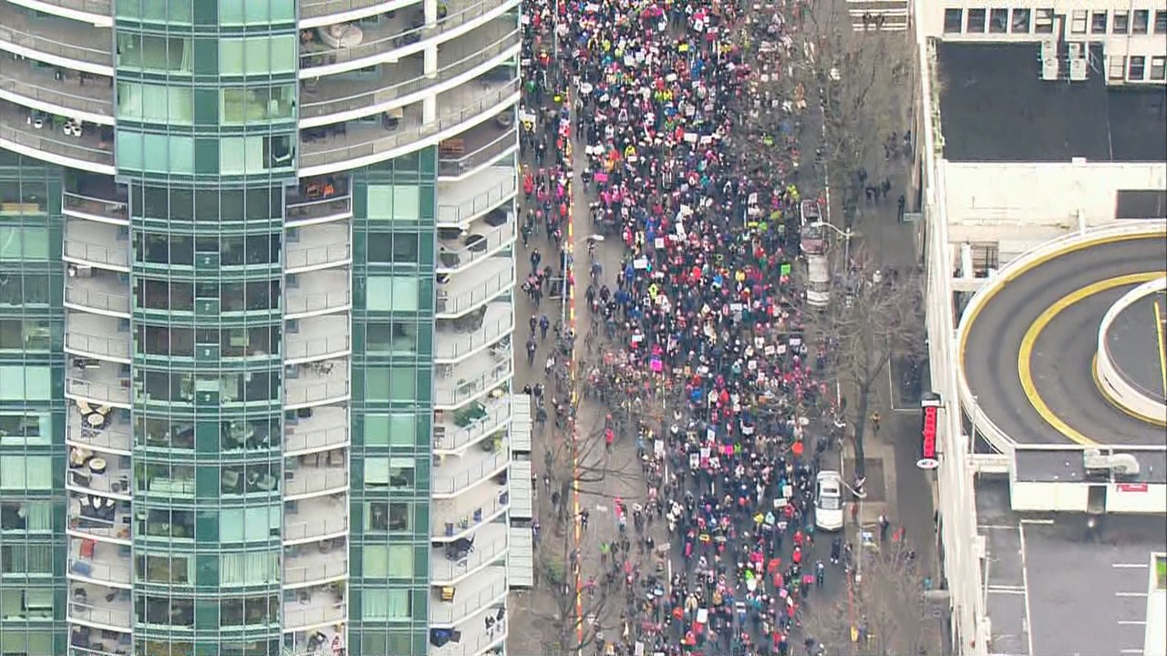 Seattle marchers crowd downtown streets on Saturday, Jan. 20, 2018. (Photo: KOMO News)