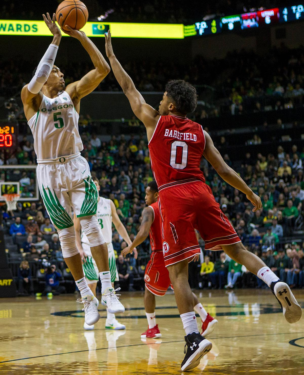 Oregon Ducks Elijah Brown (#5) shoots for the basket. The Utah Utes defeated the Oregon Ducks 66-56 on Friday night at Matthew Knight Arena. This is the first Pac-12 conference game loss at home for the Ducks since January of 2015. This also ended the five home game winning streak for the Ducks against the Utah Utes. Photo by Rhianna Gelhart, Oregon News Lab