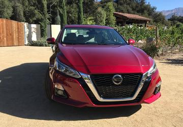 2019 Nissan Altima: Altima gets restyled, adds all-wheel drive availability [First Look]