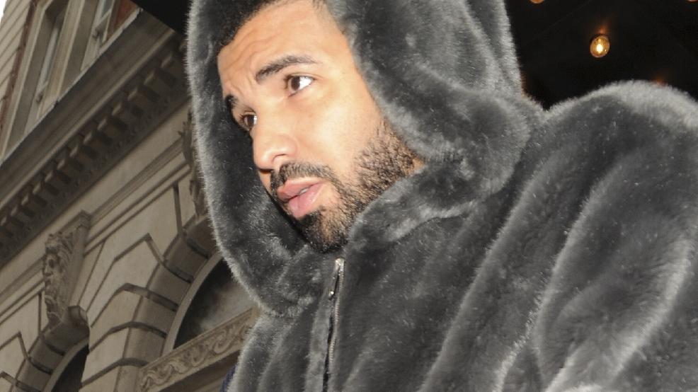Drake Pens Emotional Letter After Alton Sterling Shooting
