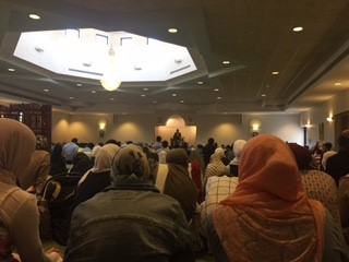 In just 15 minutes, the Islamic Center of Flint raised over $10,000 during a fundraiser for hurricane relief. (Photo: Shona Siddiqui)