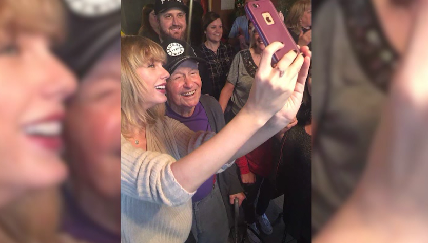 Taylor Swift surprises 96-year-old man CNN 3.PNG
