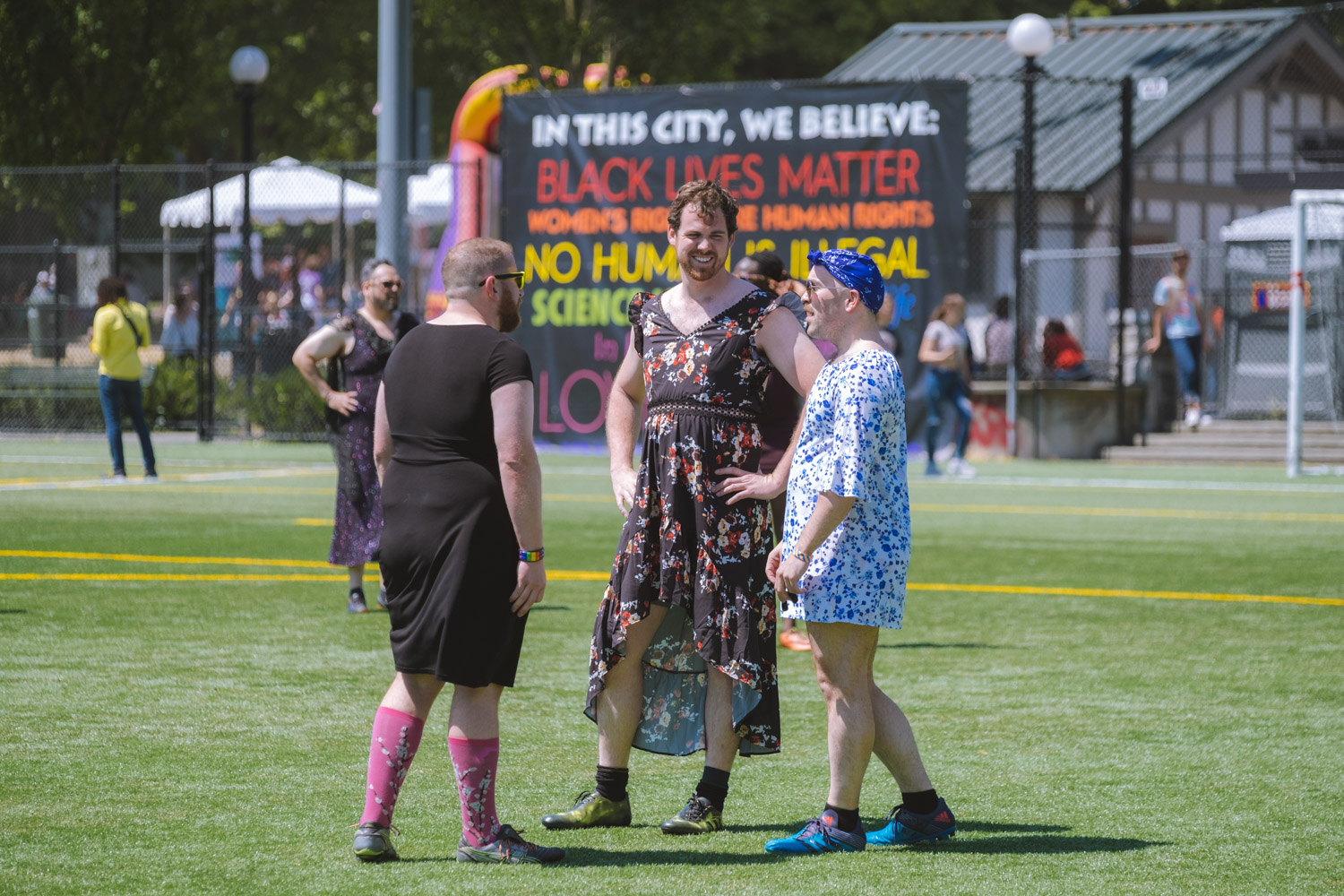 The Quake, Hens and Saracens all threw on the finest thrift store prom dress finds to play for charity! Proceeds going to genPRIDE, working to empower older LGBTQ+ adults with innovative programs and services that enhance belonging and support. (Image: Ryan McBoyle / Seattle Refined)