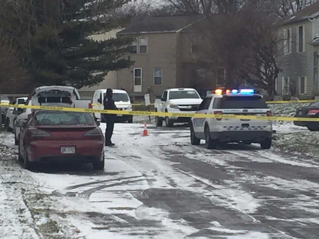 Columbus police are investigating a shooting that left one dead and one person injured in northeast Columbus Sunday morning. (WSYX/WTTE)