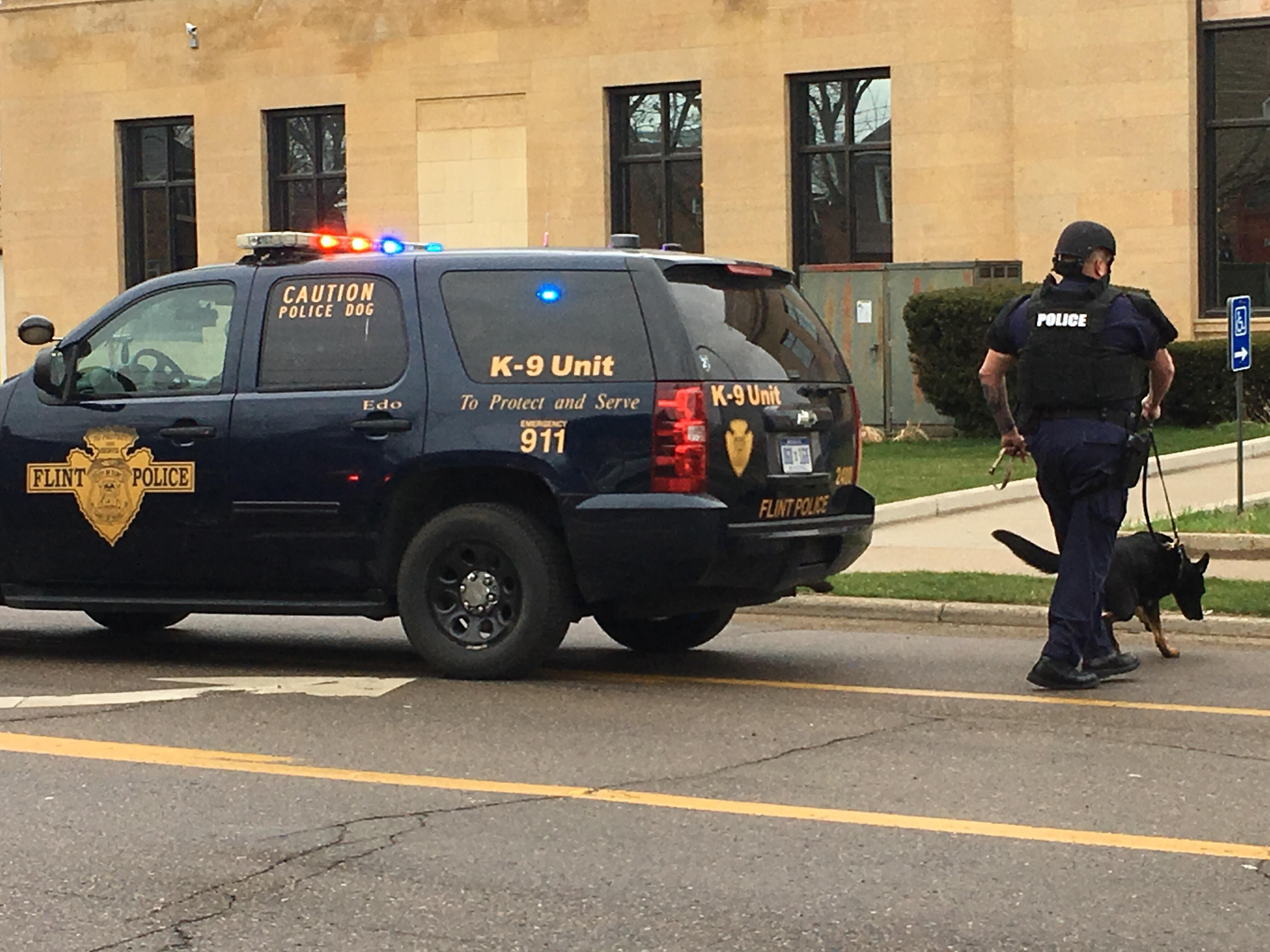 A suspicious package was found at the Federal Building in Flint. (Photo Credit: Courtney Wheaton)
