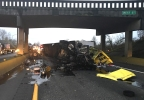 161201_wsp_i5_chehalis_semi_crash_1200.jpg