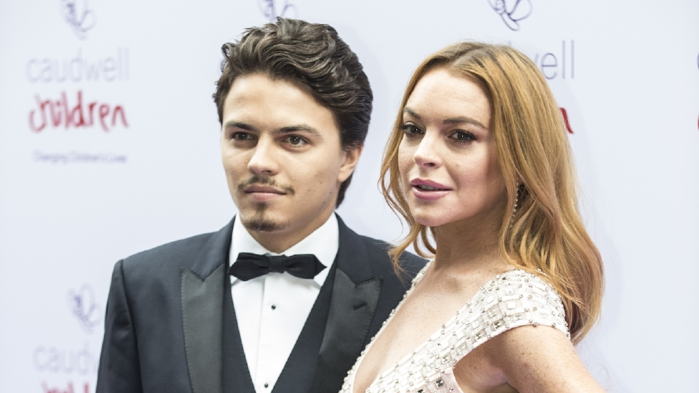 Lindsay Lohan's dad believes she is pregnant