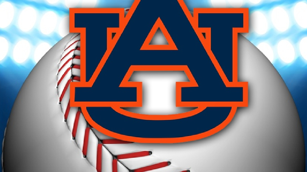 Auburn Softball Crushes Uab