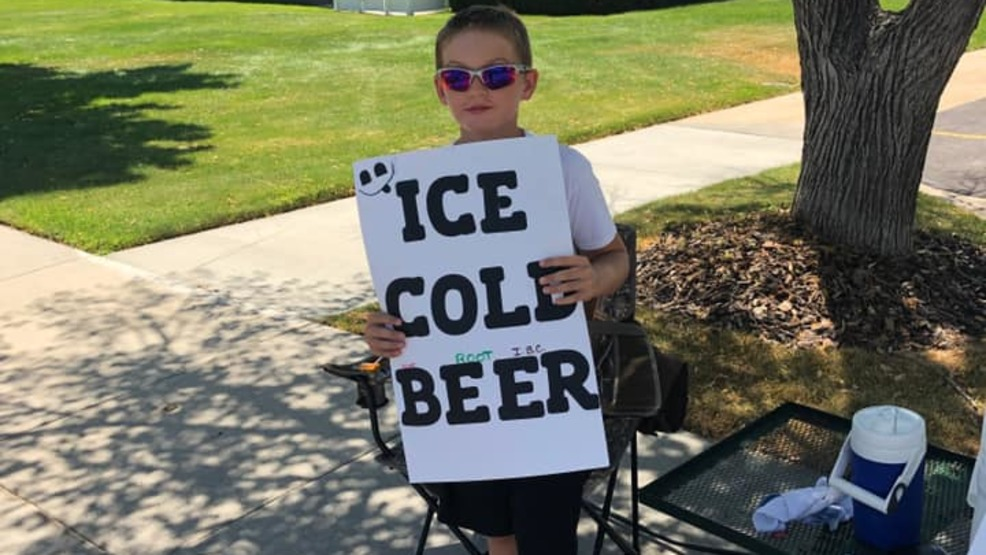 KID SELLS ICE COLD BEER.jpg