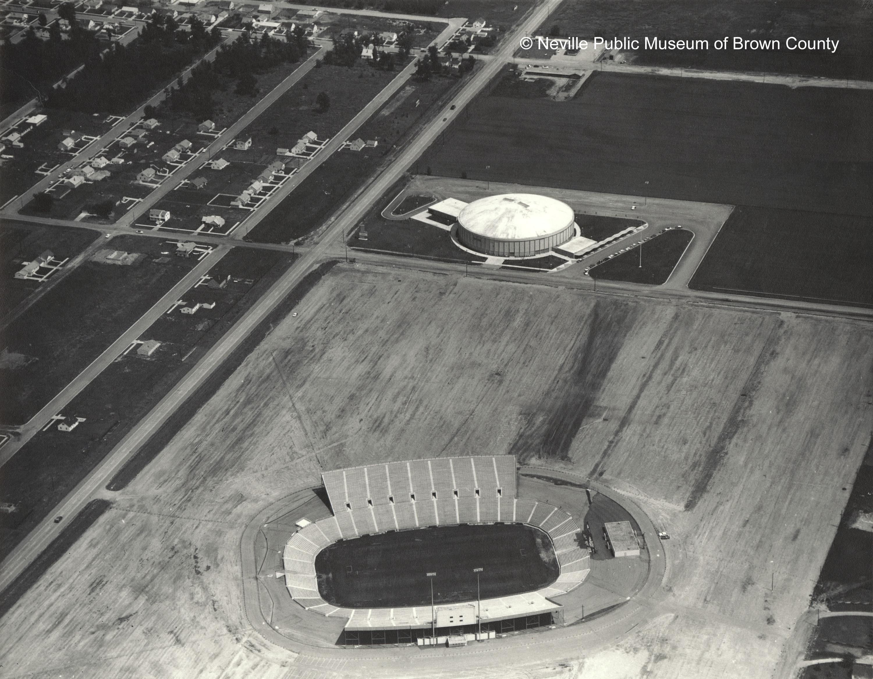 New City Stadium on the west side of Green Bay replaced City Stadium on the east side for the 1957 season. (Courtesy: Neville Public Museum of Brown County)