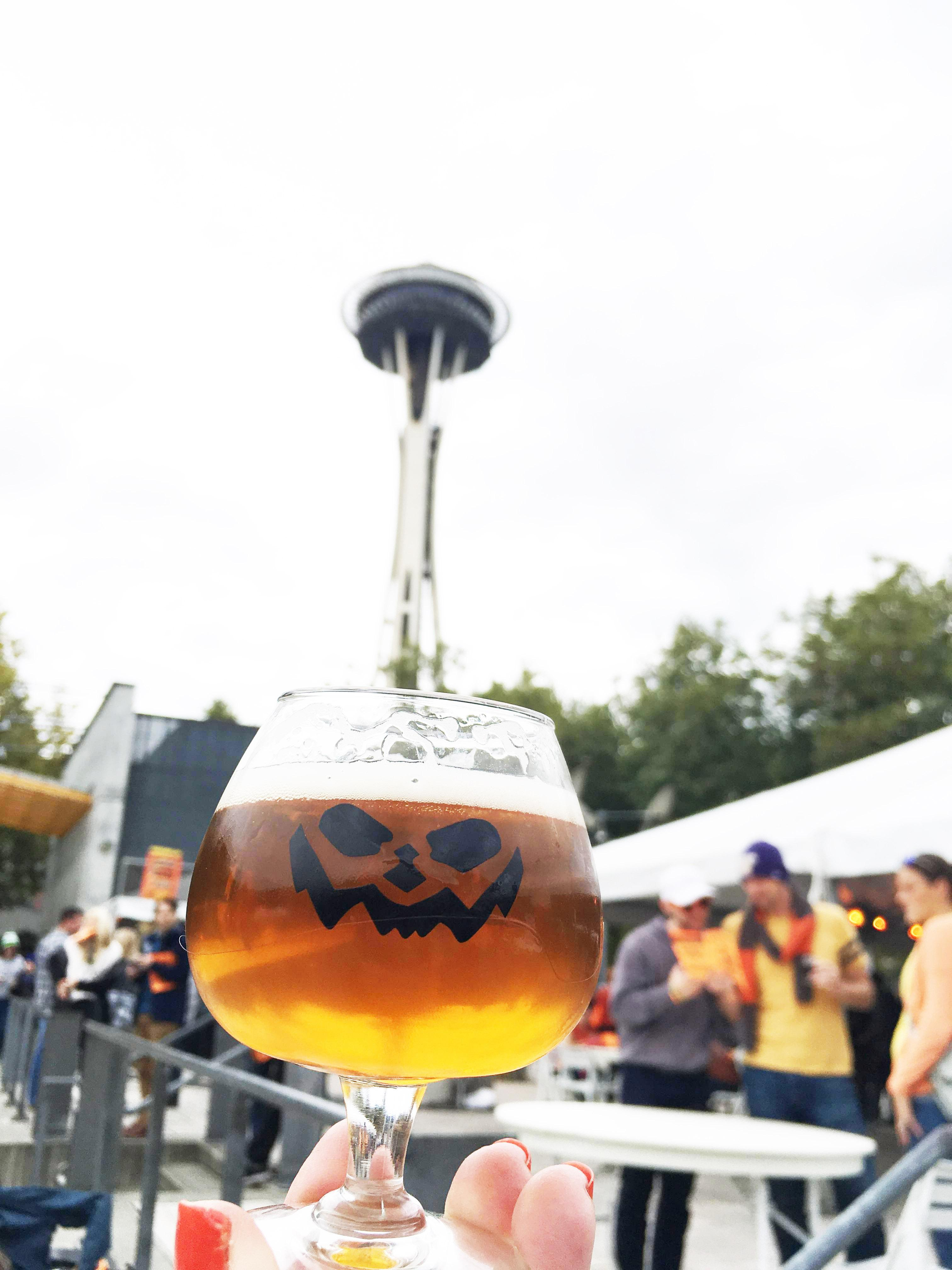 "We rang in fall at Elysian Brewing's 13th annual Great Pumpkin Beer Festival at Seattle Center on September 29 and 30! Festival-goers enjoyed pleasant fall weather while sampling selections of more than 80 pumpkin brews from around the country, and enjoying entertainment provided by Thee Outré Fringe and Chaotic Noise and music curated by KEXP. The day was topped off by a little ""shopping"" for GPBF souvenirs in Elysian's Odditorium! Cheers, Elysian, on the best GPBF yet! (See you there next year—mark your calendar for October 5 and 6, 2018!) Photo: Michelle Sistek / Seattle Refined)"