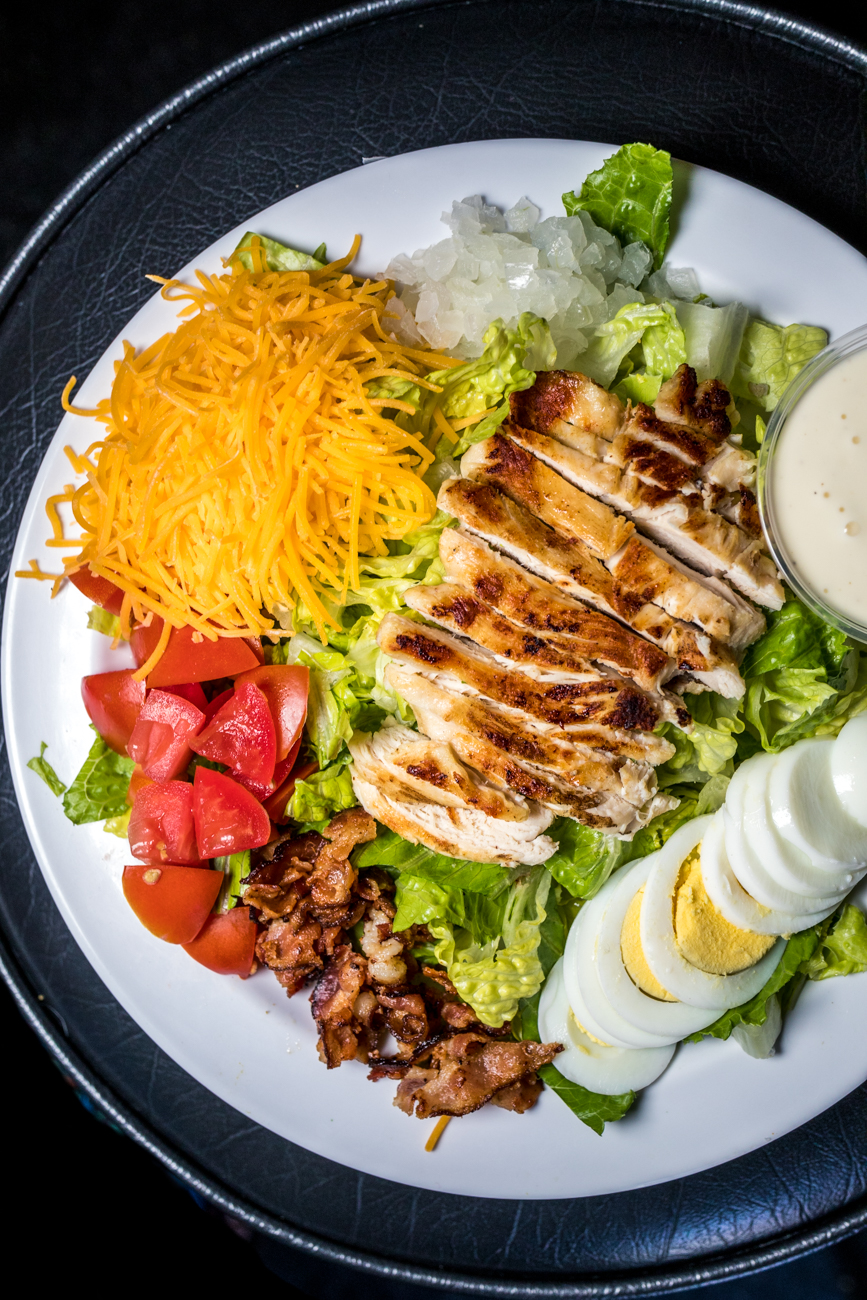 Chef Salad: spring mix, onion, tomato, cheese, egg, grilled chicken, and ranch / Image: Catherine Viox // Published: 9.4.20