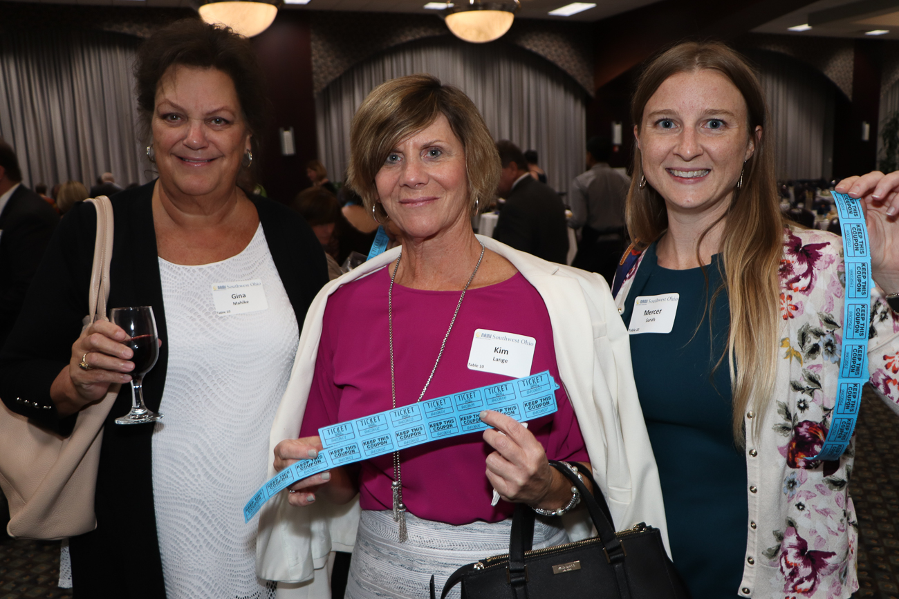 2018 Attendees Gina Mahike, Kim Lange, Sarah Mercer / Image:{ }Tom Uhlman Photo // Published: 10.3.19