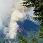 'Extreme fire behavior': Whitewater Fire explodes to 1,500 acres, escapes wilderness